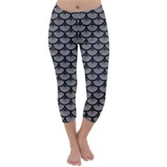 Scales3 Black Marble & Gray Colored Pencil (r) Capri Winter Leggings