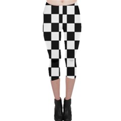 Grid Domino Bank And Black Capri Leggings