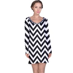 Wave Background Fashion Long Sleeve Nightdress