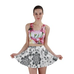 Grayscale Floral Heart Background Mini Skirt