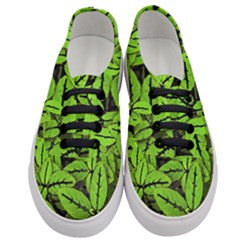 Nature Print Pattern Women s Classic Low Top Sneakers