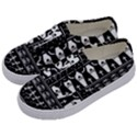 Halloween pattern Kids  Classic Low Top Sneakers View2