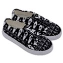 Halloween pattern Kids  Classic Low Top Sneakers View3