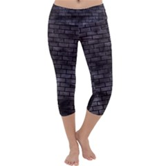 Brick1 Black Marble & Black Watercolor (r) Capri Yoga Leggings