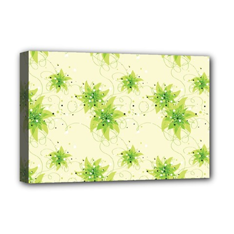 Leaf Green Star Beauty Deluxe Canvas 18  X 12