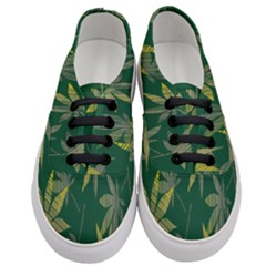 Marijuana Cannabis Rainbow Love Green Yellow Leaf Women s Classic Low Top Sneakers