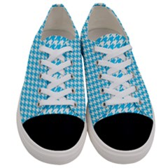 Friendly Houndstooth Pattern,aqua Women s Low Top Canvas Sneakers