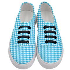 Friendly Houndstooth Pattern,aqua Women s Classic Low Top Sneakers
