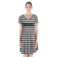 Friendly Houndstooth Pattern,black And White Short Sleeve V Neck Flare Dress