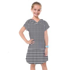 Friendly Houndstooth Pattern,black And White Kids  Drop Waist Dress