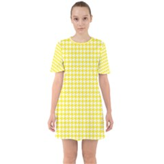 Friendly Houndstooth Pattern,yellow Sixties Short Sleeve Mini Dress