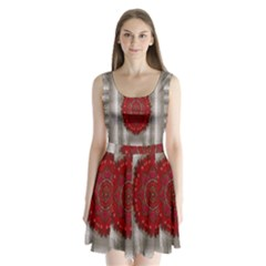 Strawberry  With Waffles And Fantasy Flowers In Harmony Split Back Mini Dress