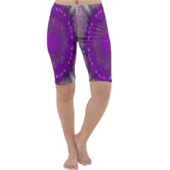 Fantasy Flowers In Harmony  In Lilac Cropped Leggings
