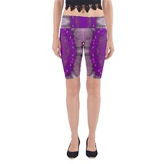 Fantasy Flowers In Harmony  In Lilac Yoga Cropped Leggings