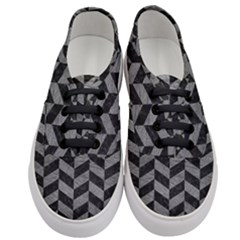 Chevron1 Black Marble & Gray Leather Women s Classic Low Top Sneakers