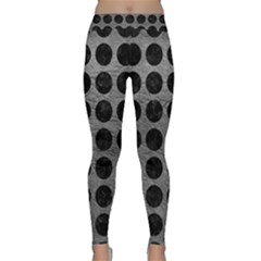 Circles1 Black Marble & Gray Leather (r) Classic Yoga Leggings