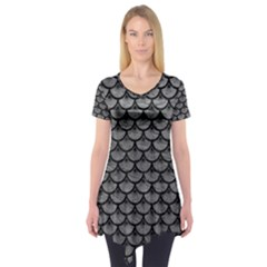 Scales3 Black Marble & Gray Leather (r) Short Sleeve Tunic