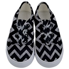 Chevron9 Black Marble & Gray Metal 2 Kids  Classic Low Top Sneakers