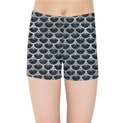 Scales3 Black Marble & Gray Metal 2 Kids Sports Shorts
