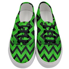Chevron9 Black Marble & Green Brushed Metal (r) Women s Classic Low Top Sneakers
