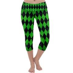 Diamond1 Black Marble & Green Brushed Metal Capri Yoga Leggings