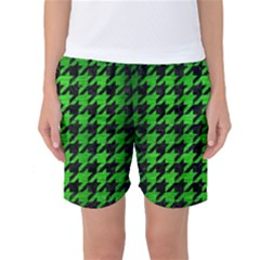 Houndstooth1 Black Marble & Green Brushed Metal Women s Basketball Shorts