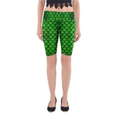 Scales1 Black Marble & Green Brushed Metal (r) Yoga Cropped Leggings