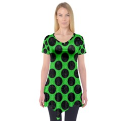 Circles2 Black Marble & Green Colored Pencil (r) Short Sleeve Tunic