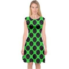 Circles2 Black Marble & Green Colored Pencil (r) Capsleeve Midi Dress