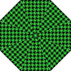 Houndstooth1 Black Marble & Green Colored Pencil Folding Umbrellas