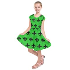 Royal1 Black Marble & Green Colored Pencil Kids  Short Sleeve Dress