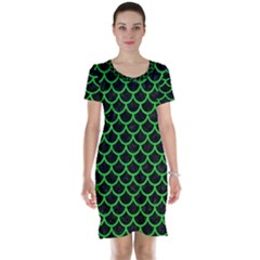 Scales1 Black Marble & Green Colored Pencil Short Sleeve Nightdress