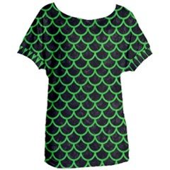 Scales1 Black Marble & Green Colored Pencil Women s Oversized Tee