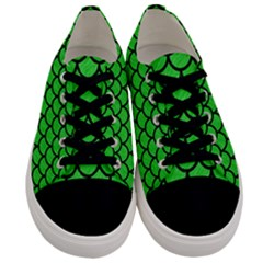 Scales1 Black Marble & Green Colored Pencil (r) Men s Low Top Canvas Sneakers