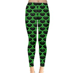Scales3 Black Marble & Green Colored Pencil Leggings