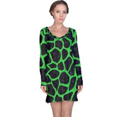 Skin1 Black Marble & Green Colored Pencil (r) Long Sleeve Nightdress