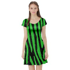 Skin4 Black Marble & Green Colored Pencil (r) Short Sleeve Skater Dress