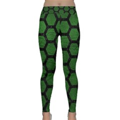Hexagon2 Black Marble & Green Leather (r) Classic Yoga Leggings