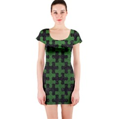 Puzzle1 Black Marble & Green Leather Short Sleeve Bodycon Dress