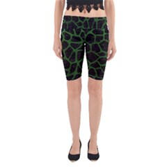 Skin1 Black Marble & Green Leather (r) Yoga Cropped Leggings