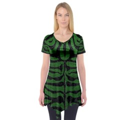 Skin2 Black Marble & Green Leather (r) Short Sleeve Tunic