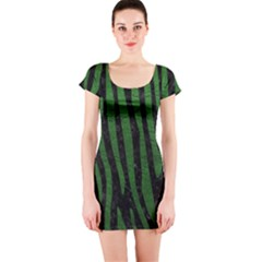 Skin4 Black Marble & Green Leather (r) Short Sleeve Bodycon Dress