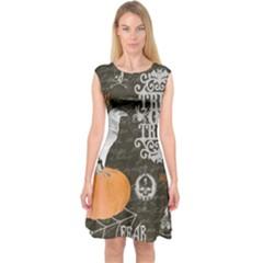 Vintage Halloween Capsleeve Midi Dress