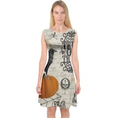 Vintage Halloween Capsleeve Midi Dress