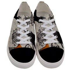 Vintage Halloween Women s Low Top Canvas Sneakers