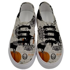 Vintage Halloween Men s Classic Low Top Sneakers