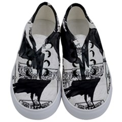 Vintage Halloween Raven Kids  Classic Low Top Sneakers