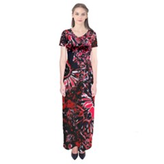 Amazing Glowing Flowers C Short Sleeve Maxi Dress