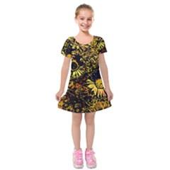 Amazing Neon Flowers B Kids  Short Sleeve Velvet Dress