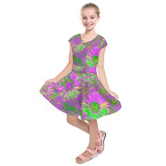 Amazing Neon Flowers A Kids  Short Sleeve Dress
